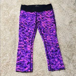 Nike Dri Fit Tight Women's Crop Running Legging